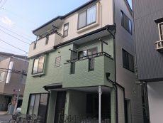 荒川区 E様邸 外壁塗装(サイディング)・屋根塗装(スレート) 白×グリーン